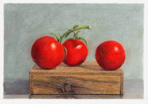 Three_Tomatoes_On_Box_v2_500x353